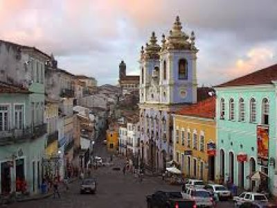Описание и снимки на пристанище Салвадор де Баия , Бразилия от круизен маршрут