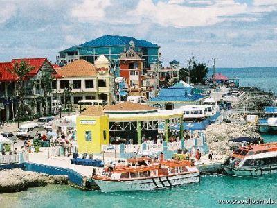 Описание и снимки на пристанище Джордж Таун, Каймановите острови от круизен маршрут