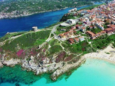 Описание и снимки на пристанище о-в Сардиния (Каляри), Италия от круизен маршрут