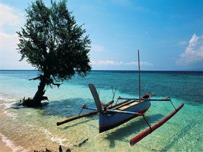 Описание и снимки на пристанище о-в Бали, Индонезия от круизен маршрут