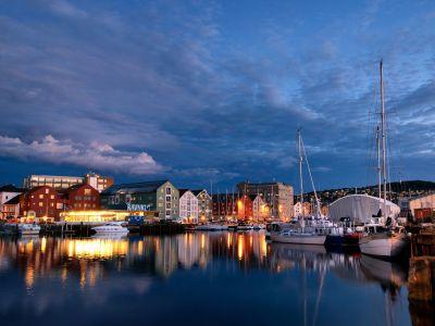 Описание и снимки на пристанище Трондхайм, Норвегия от круизен маршрут