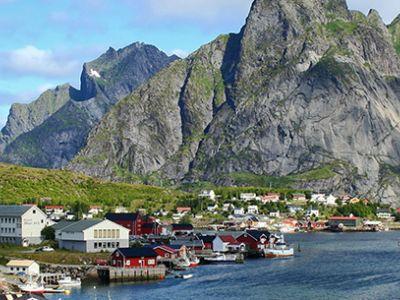 Описание и снимки на пристанище Лекнес (островите Лофотен), Норвегия от круизен маршрут