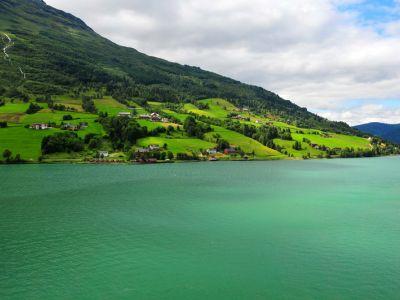 Описание и снимки на пристанище Олден, Норвегия от круизен маршрут