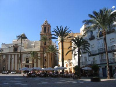 Описание и снимки на пристанище Кадис, Испания от круизен маршрут