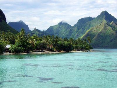 Описание и снимки на пристанище о-в Муреа, Френска Полинезия от круизен маршрут