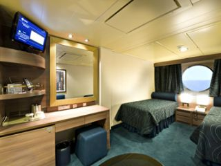 Описание на каюта Външни каюти - клас Bella на круизен кораб MSC Splendida – обзавеждане, площ, разположение