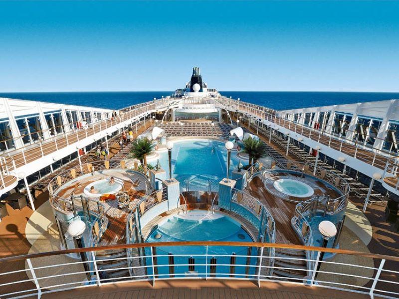 Круизен кораб MSC Poesia на MSC Cruises