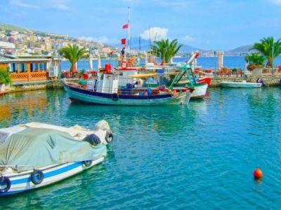 Описание и снимки на пристанище Саранда, Албания от круизен маршрут