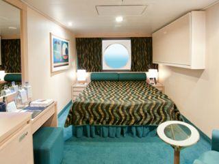 Описание на каюта Външни каюти - клас Bella на круизен кораб MSC Poesia – обзавеждане, площ, разположение