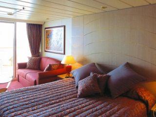 Описание на каюта  Апартаменти Aurea  на круизен кораб MSC Opera – обзавеждане, площ, разположение