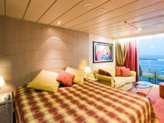 Описание на каюта Апартаменти - клас Fantastica на круизен кораб MSC Lirica – обзавеждане, площ, разположение