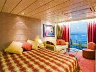 Описание на каюта Каюта с балкон - клас Fantastica на круизен кораб MSC Lirica – обзавеждане, площ, разположение