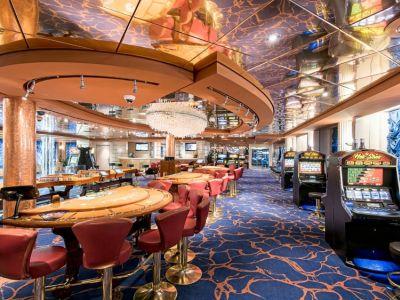 Круизен кораб MSC Sinfonia на MSC Cruises
