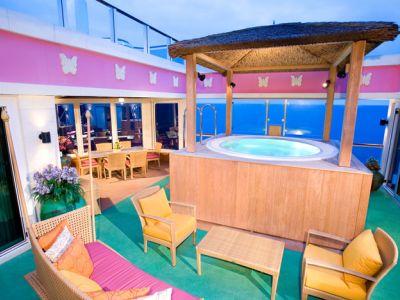 Круизен кораб Norwegian Jade на Norwegian Cruise Line
