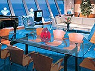 Описание на каюта Семеен апартамент с градина – категория S1 на круизен кораб Norwegian STAR – обзавеждане, площ, разположение