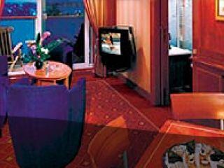 Описание на каюта Луксозен семеен апартамент Owner's - категория SC на круизен кораб Norwegian STAR – обзавеждане, площ, разположение