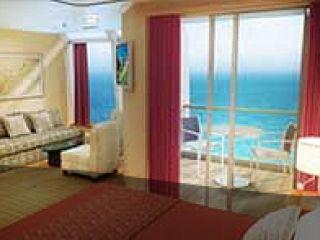 Описание на каюта Апартамент Family Suite – категория  SJ на круизен кораб Norwegian STAR – обзавеждане, площ, разположение