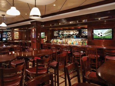 Круизен кораб Norwegian Breakaway на Norwegian Cruise Line