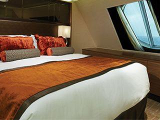 Описание на каюта The Haven Penthouse апартамент с балкон H7 на круизен кораб Norwegian Breakaway – обзавеждане, площ, разположение
