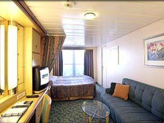 Описание на каюта Superior Oceanview Stateroom – категория D1 на круизен кораб MARINER of the Seas – обзавеждане, площ, разположение
