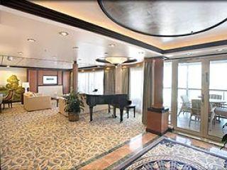 Описание на каюта Royal Suite – категория RS на круизен кораб MARINER of the Seas – обзавеждане, площ, разположение