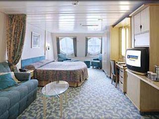Описание на каюта Family Oceanview Stateroom – категория FО на круизен кораб NAVIGATOR of the Seas  – обзавеждане, площ, разположение