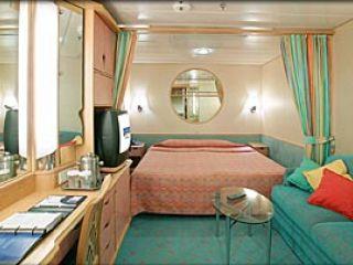 Описание на каюта Inside Stateroom – категория Q на круизен кораб ADVENTURE of the Seas – обзавеждане, площ, разположение