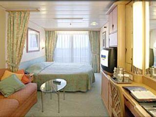 Описание на каюта Deluxe Oceanview Stateroom - Е1 на круизен кораб ADVENTURE of the Seas – обзавеждане, площ, разположение