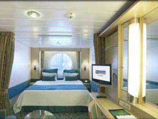 Описание на каюта Oceanview - категория I на круизен кораб LIBERTY of the Seas – обзавеждане, площ, разположение