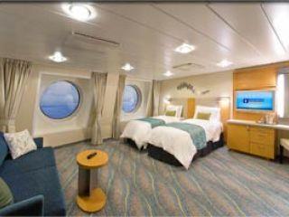 Описание на каюта Family Oceanview Stateroom - категория FO  на круизен кораб OASIS of the Seas – обзавеждане, площ, разположение