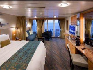 Описание на каюта Junior Suite – малък апартамент, категория JS  на круизен кораб OASIS of the Seas – обзавеждане, площ, разположение