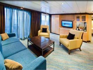 Описание на каюта Royal Family Suite – семеен апартамент, категория FS на круизен кораб OASIS of the Seas – обзавеждане, площ, разположение
