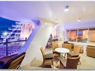 Описание на каюта Aquatheater Suite Balcony – категория А1 -А3 на круизен кораб OASIS of the Seas – обзавеждане, площ, разположение