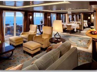 Описание на каюта Royal Loft Suite Balcony - двуетажен кралски апартамент, категория RL на круизен кораб OASIS of the Seas – обзавеждане, площ, разположение