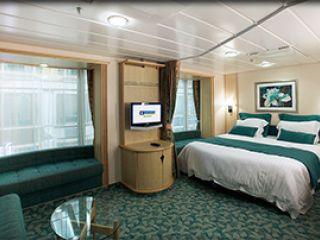 Описание на каюта Вътрешна семейна каюта - категория FP на круизен кораб FREEDOM of the Seas – обзавеждане, площ, разположение