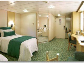 Описание на каюта Вътрешни каюти за хора с двигателни затруднения Q, N, L на круизен кораб JEWEL of the Seas – обзавеждане, площ, разположение