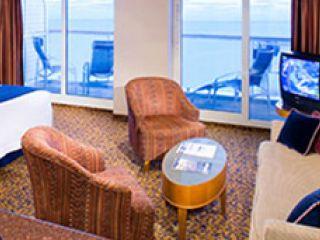 Описание на каюта Голям апартамент категиря GS на круизен кораб JEWEL of the Seas – обзавеждане, площ, разположение