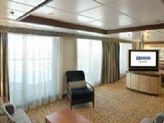 Описание на каюта Супер луксозен апартамент категория OS на круизен кораб JEWEL of the Seas – обзавеждане, площ, разположение