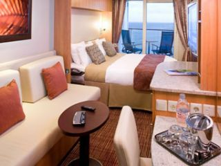 Описание на каюта Каюти с балкон Aqua class (категория А1, А2) на круизен кораб Celebrity EQUINOX – обзавеждане, площ, разположение