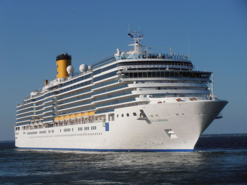 Круизен кораб Costa LUMINOSA на COSTA Cruises