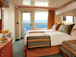 Описание на каюта Каюти с балкон - клас Premium на круизен кораб Costa PACIFICA – обзавеждане, площ, разположение
