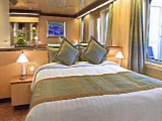 Описание на каюта Апартамент -  категория S на круизен кораб Costa FAVOLOSA – обзавеждане, площ, разположение