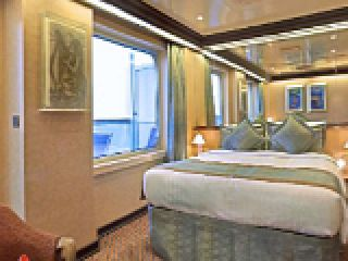 Описание на каюта Голям апартамент - категория GS на круизен кораб Costa FAVOLOSA – обзавеждане, площ, разположение