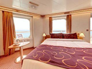 Описание на каюта Миниапартамент - категория MS на круизен кораб Costa FASCINOSA – обзавеждане, площ, разположение