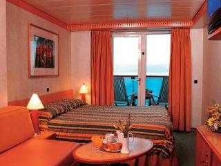 Описание на каюта Каюта с балкон - категория Premium на круизен кораб Costa MEDITERRANEA – обзавеждане, площ, разположение