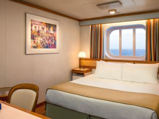 Описание на каюта Външни каюти на круизен кораб Crown Princess – обзавеждане, площ, разположение