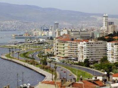 Описание и снимки на пристанище Измир, Турция от круизен маршрут