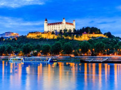Описание и снимки на пристанище Братислава, Словакия от круизен маршрут