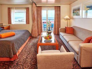 Описание на каюта Категория SB - Balcony Suite на круизен кораб Celestyal Majesty – обзавеждане, площ