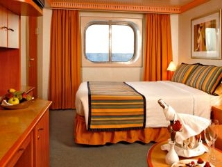 Описание на каюта Външни каюти - клас Basic на круизен кораб Costa MAGICA – обзавеждане, площ
